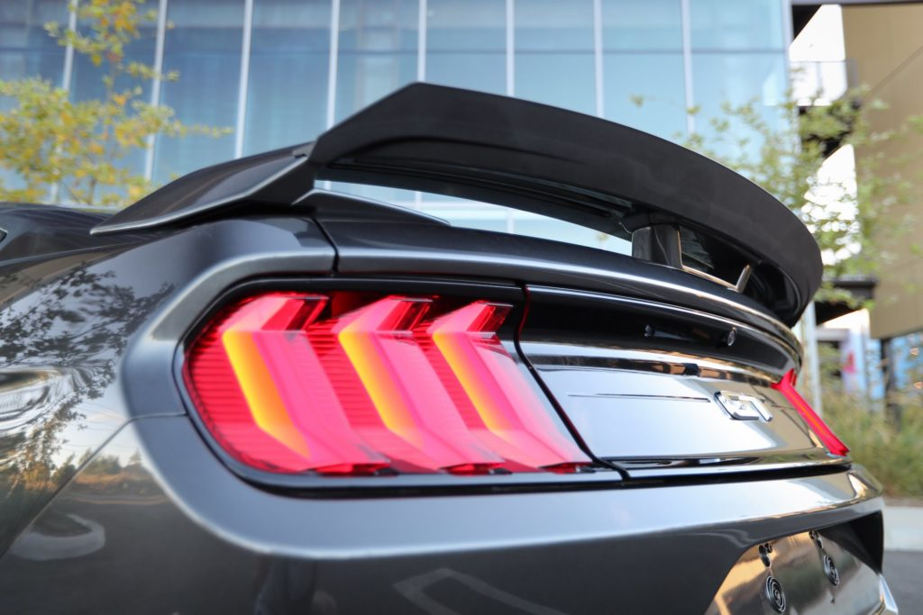 RTR Ford Mustang Design Package spoiler