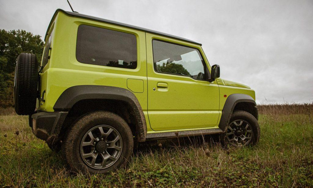 Suzuki Jimny : vue en 3/4 arrière