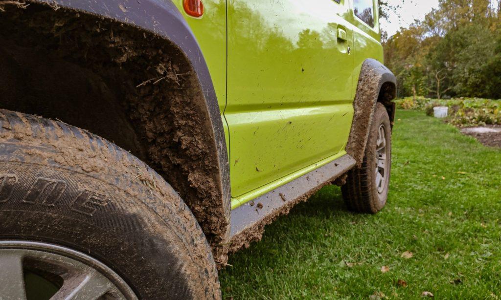 Suzuki Jimny : roues sales