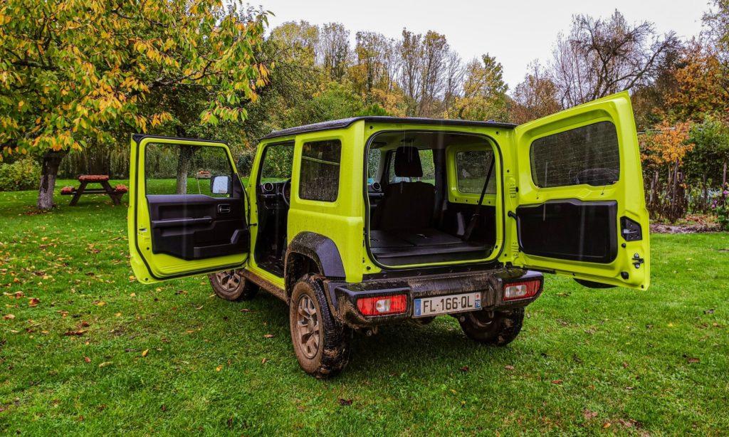 Suzuki Jimny :  hayon ouvert