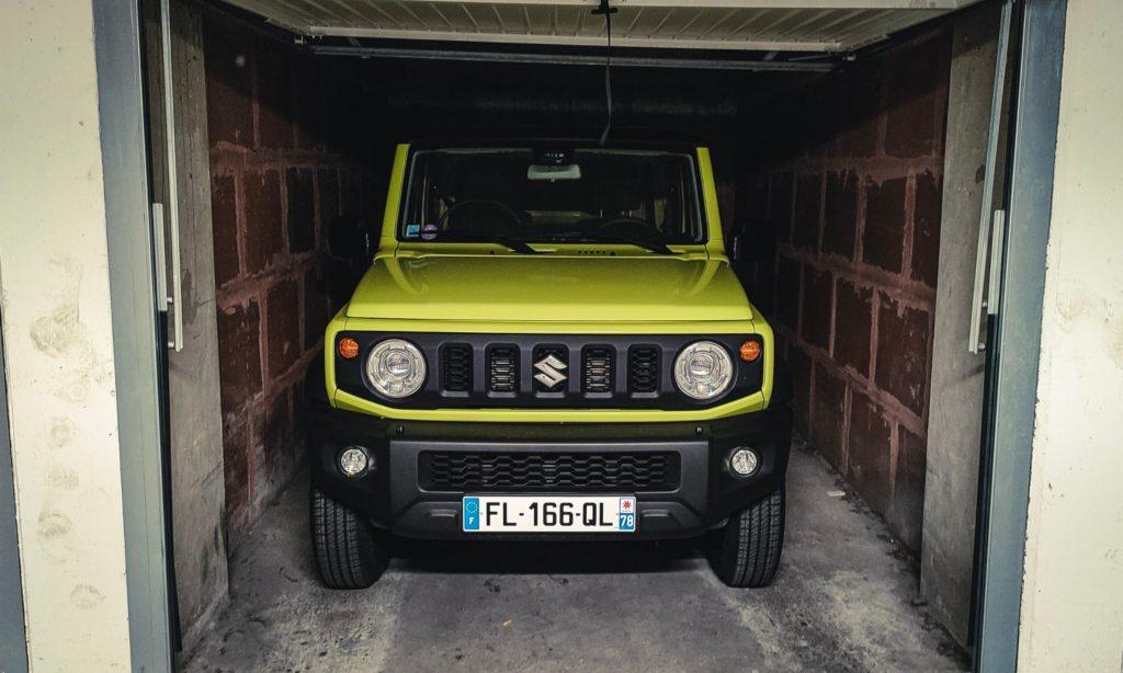 Suzuki Jimny : dans un box de parking parisien